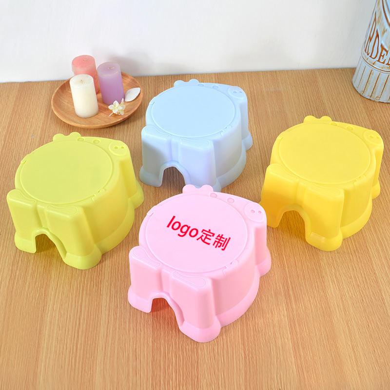 卡通动物造型凳子 塑料儿童凳子 宝宝矮凳浴室防滑凳 换鞋凳