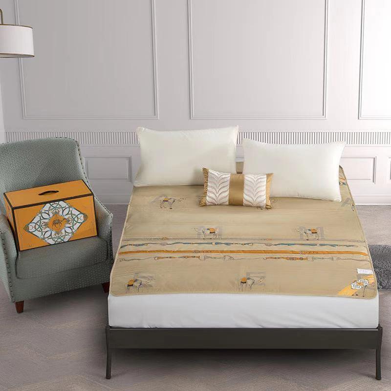 负氧离子驼绒床垫 家用床上用品床垫垫子 T020815